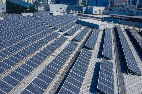napelem ipari létesítmény tetején